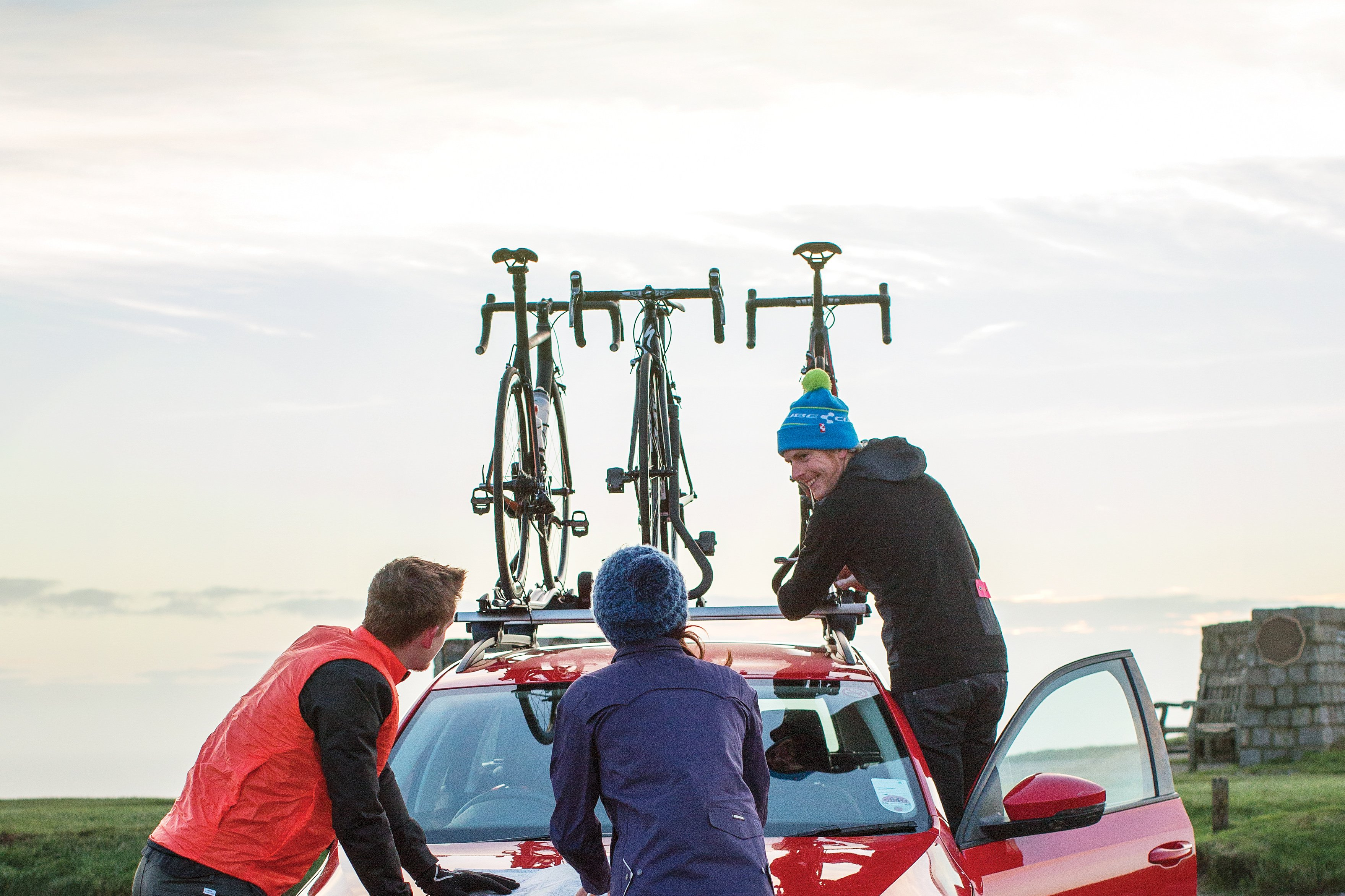 Best Bike Racks 2020 Reviewed Pros Cons Of Roof Towbar Mounted Carriers Cyclist
