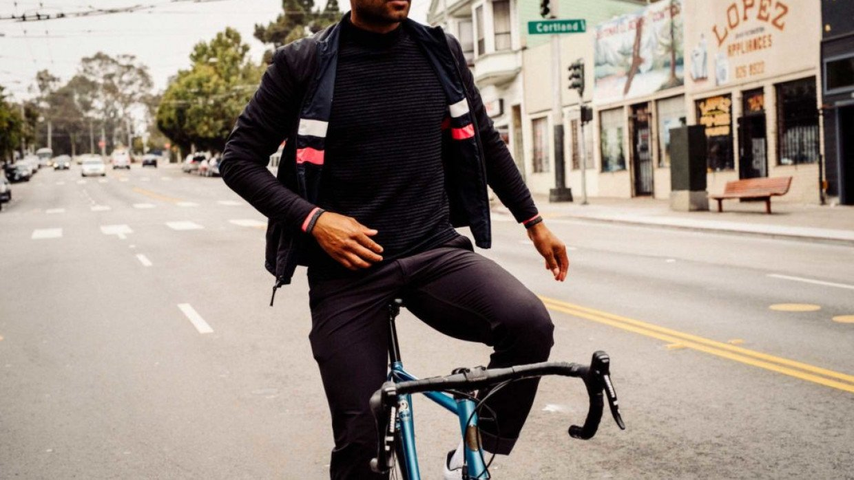 Rapha clothing and accessories are now available with up to 40% off through  new Cyclescheme partnership 4f941beda