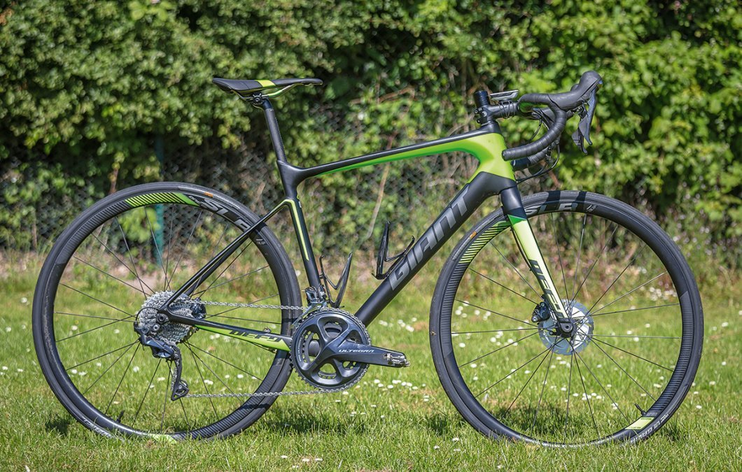 99b6b9e4672 Giant Defy Advanced Pro 1 review | Cyclist