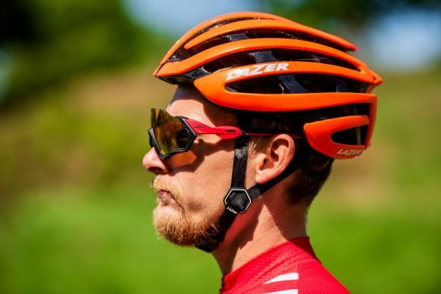 cec83470d Oakley Flight Jacket sunglasses review | Cyclist