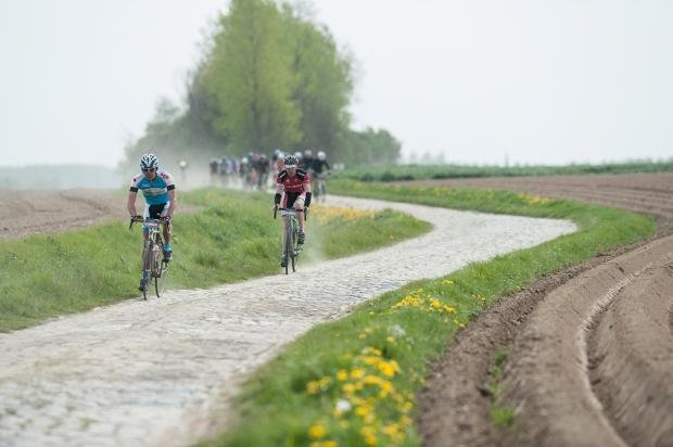 Paris-Roubaix Sportive  What s it like to ride the famous cobbles ... 75a39a7fe